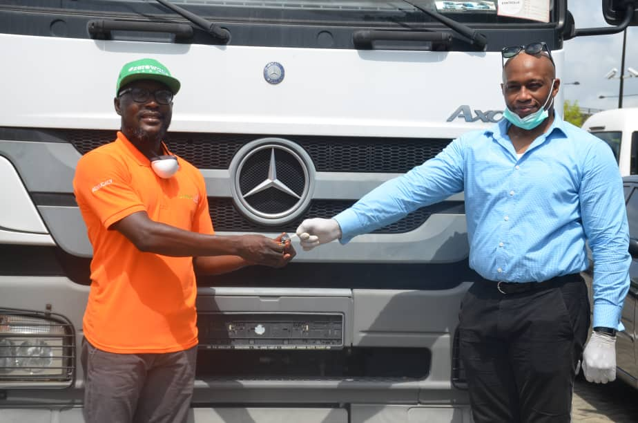 Covid19: Mercedez Benz Donates Axor Truck To Lagos State [PHOTOS]
