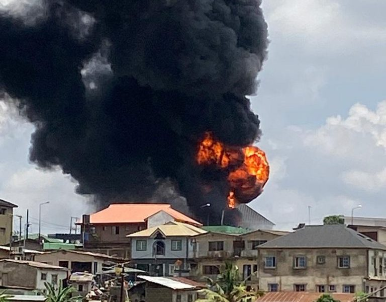 HAPPENING NOW!!! NNPC Petrol Station In Lagos On Fire [PHOTOS]
