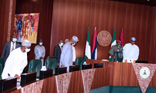 HAPPENING NOW!!! Insecurity: Buhari In Closed-Door Meeting With Northeast Governors, Service Chiefs