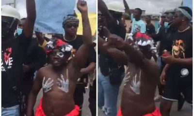 Watch Intriguing Moment 'Babalawo' Chants #EndSWAT (Video)